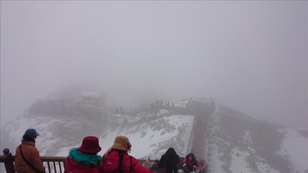 玉龙雪山上